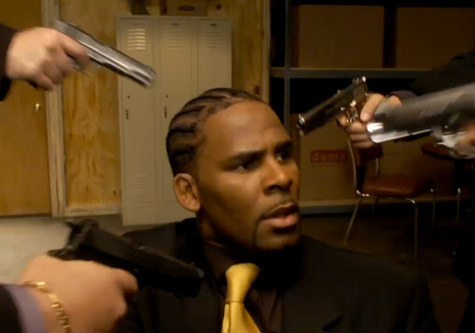 R Kelly gets 'Trapped In The Closet'